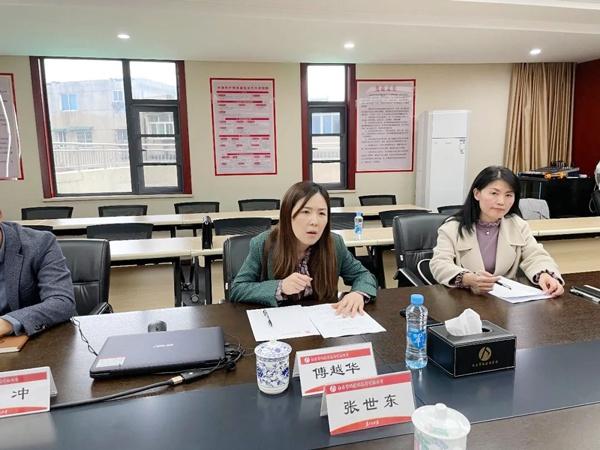 南昌市政公用集团宣传部傅越华指导报告文学创作6003.jpg