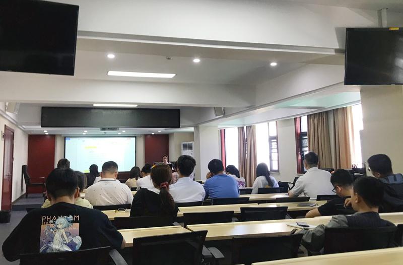 南昌市政建设集团财务部组织召开宣贯预算管理办法及部署-2021-年预算调整工作会8001.jpg
