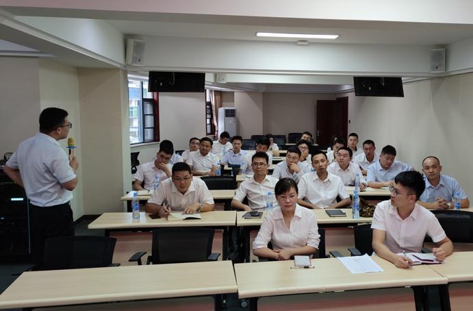 南昌市政建设集团2021年新员工入职培训6912.jpg